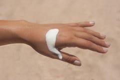 χέρι κρέμας παραλιών Στοκ φωτογραφία με δικαίωμα ελεύθερης χρήσης