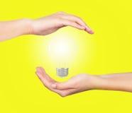 Χέρι λαμπών φωτός Στοκ Φωτογραφίες