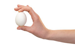 Χέρι με τα αυγά κοτόπουλου Στοκ φωτογραφίες με δικαίωμα ελεύθερης χρήσης