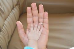 χέρι μωρών Στοκ Εικόνες