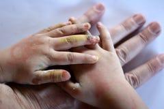 χέρι παιδιών Στοκ εικόνες με δικαίωμα ελεύθερης χρήσης