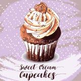Χέρι που σύρεται νόστιμου Cupcake Στοκ Εικόνα