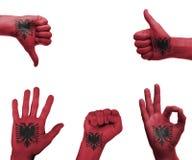 Χέρι που τίθεται με τη σημαία της Αλβανίας Στοκ φωτογραφίες με δικαίωμα ελεύθερης χρήσης