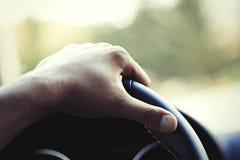 Χέρι σε ένα τιμόνι 2 Στοκ Φωτογραφία