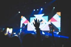 Χέρι στη συναυλία στοκ εικόνα