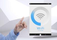 Χέρι σχετικά με ένα ελάχιστο υπόβαθρο διεπαφών της WI-Fi App Στοκ φωτογραφία με δικαίωμα ελεύθερης χρήσης