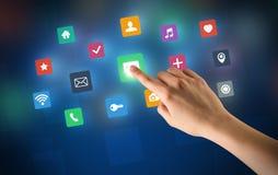 Χέρι σχετικά με τα apps Στοκ εικόνες με δικαίωμα ελεύθερης χρήσης