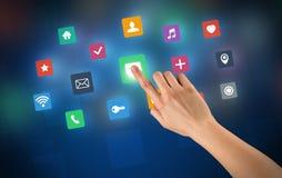 Χέρι σχετικά με τα apps Στοκ φωτογραφία με δικαίωμα ελεύθερης χρήσης