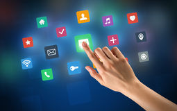 Χέρι σχετικά με τα apps Στοκ Φωτογραφίες