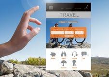 Χέρι σχετικά με App ταξιδιού τη διεπαφή Στοκ Εικόνες