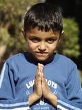 Χαιρετισμός από ένα παιδί στοκ εικόνες