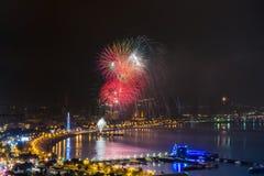 Χαιρετισμός πόλεων νύχτας του Αζερμπαϊτζάν Μπακού στοκ εικόνες