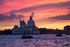 Χαιρετισμός della της Σάντα Μαρία βασιλικών στο ηλιοβασίλεμα, Βενετία Στοκ Φωτογραφία
