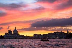 Χαιρετισμός della της Σάντα Μαρία βασιλικών στο ηλιοβασίλεμα, Βενετία Στοκ φωτογραφίες με δικαίωμα ελεύθερης χρήσης