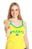 Χαιρετώντας βραζιλιάνος αθλητικός ανεμιστήρας Στοκ φωτογραφία με δικαίωμα ελεύθερης χρήσης