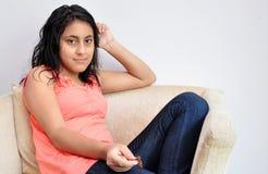 χαλάρωση κοριτσιών στοκ εικόνα με δικαίωμα ελεύθερης χρήσης
