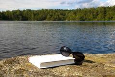Χαλάρωση στη θάλασσα Στοκ εικόνα με δικαίωμα ελεύθερης χρήσης