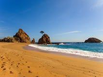 Χαλάστε την παραλία Menuda Tossa de Mar, Καταλωνία, Ισπανία στοκ εικόνες