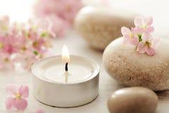 Χαλίκια και κεριά Στοκ φωτογραφίες με δικαίωμα ελεύθερης χρήσης