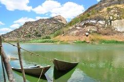Χαμένες ξύλινες βάρκες στοκ εικόνα