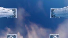 Χαμηλή άποψη γωνίας των τρισδιάστατων παλαιών στηλών σε μια σειρά φιλμ μικρού μήκους