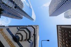 Χαμηλή γωνία που πυροβολείται των στο κέντρο της πόλης κτηρίων του Λος Άντζελες Στοκ φωτογραφίες με δικαίωμα ελεύθερης χρήσης