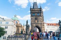 Χαμηλοί πύλη και πύργος γεφυρών του Charles λεπτομέρειας γωνίας ιστορικοί, αυτό ` s Γ Στοκ φωτογραφία με δικαίωμα ελεύθερης χρήσης