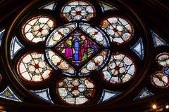 Χαμηλότερο παρεκκλησι Sainte Chapelle Παρίσι Fran γυαλιού του Ιησού Mary Stained Στοκ Φωτογραφία