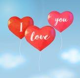 Χαμηλό πολυ μπαλόνι στη μορφή καρδιών για το χαιρετισμό βαλεντίνων Στοκ Εικόνες