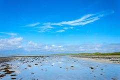 Χαμηλό τοπίο παραλιών παλίρροιας Στοκ εικόνα με δικαίωμα ελεύθερης χρήσης
