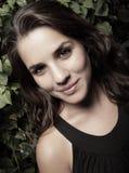 χαμογελώντας γυναίκα ε&io Στοκ Εικόνες