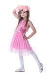 Χαμογελώντας μικρό κορίτσι στο ρόδινο φόρεμα στοκ φωτογραφίες με δικαίωμα ελεύθερης χρήσης