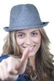 Χαμογελώντας ξανθή γυναίκα Στοκ εικόνες με δικαίωμα ελεύθερης χρήσης