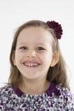 Χαμογελώντας χαριτωμένο μικρό κορίτσι στοκ εικόνα