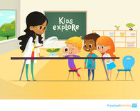 Χαμογελώντας δάσκαλος και παιδιά που κοιτάζουν μέσω της ενίσχυσης - γυαλί στον πράσινο νεαρό βλαστό κατά τη διάρκεια του μαθήματο ελεύθερη απεικόνιση δικαιώματος