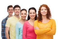 χαμογελώντας έφηβοι ομάδας Στοκ εικόνα με δικαίωμα ελεύθερης χρήσης