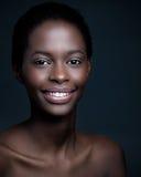 Χαμογελώντας αφρικανική γυναίκα Στοκ Εικόνα