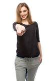 Χαμογελώντας γυναίκα που δείχνει στη κάμερα Στοκ εικόνες με δικαίωμα ελεύθερης χρήσης