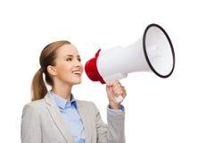 Χαμογελώντας επιχειρηματίας με megaphone Στοκ Φωτογραφία