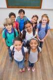 Χαμογελώντας μαθητές στην τάξη Στοκ Φωτογραφίες
