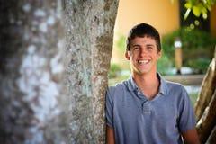 χαμόγελο αγοριών εφηβικό Στοκ Φωτογραφίες