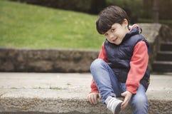 χαμόγελο πάρκων αγοριών Στοκ φωτογραφίες με δικαίωμα ελεύθερης χρήσης
