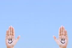 χαμόγελο χεριών Στοκ εικόνα με δικαίωμα ελεύθερης χρήσης