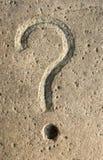 χαράζοντας πέτρα ερώτησης &si Στοκ Εικόνες