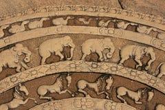 Χαράζοντας σε ένα πάτωμα του αρχαίου ναού, Polonnaruwa, Στοκ Φωτογραφίες