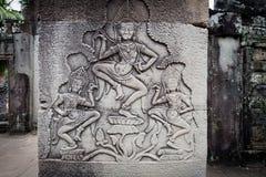 χαράζοντας χορευτές apsara angkor wat Στοκ Εικόνες