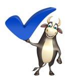 Χαρακτήρας κινουμένων σχεδίων του Bull με το σωστό σημάδι Στοκ εικόνες με δικαίωμα ελεύθερης χρήσης