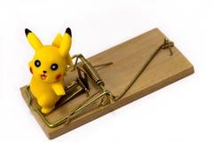 Χαρακτήρας παιχνιδιών Pickachu από Pokemon anime, με την ποντικοπαγήδα Ekate Στοκ φωτογραφία με δικαίωμα ελεύθερης χρήσης