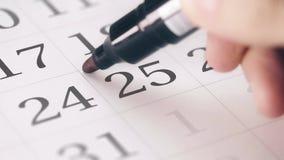 Χαρακτηρισμένος τον Δεκέμβριος, του ημερομηνία 25 στις ημερολογιακές μετατροπές στη λέξη ΧΡΙΣΤΟΥΓΕΝΝΩΝ απόθεμα βίντεο