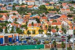 Χαρακτηριστικά κατοικίες και σπίτια στο Κουρασάο Στοκ εικόνα με δικαίωμα ελεύθερης χρήσης